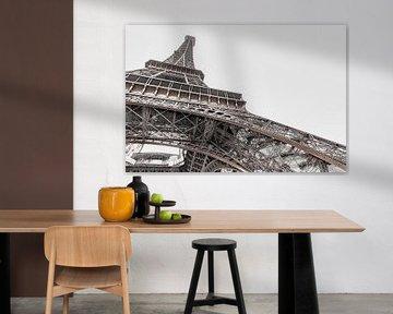 Heldere Eiffeltoren, Parijs van Robbert Ladan