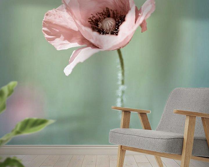 Sfeerimpressie behang: Lonely Poppy van Nanouk el Gamal - Wijchers (Photonook)