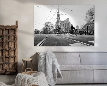 Typische stadsgezicht Westerkerk in Amsterdam op een grijze dag! von Jeroen Somers