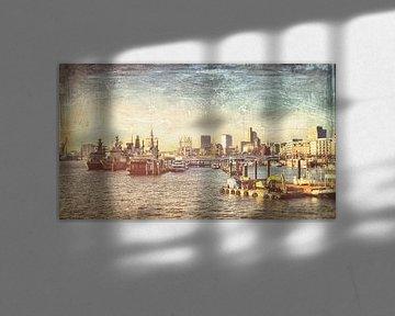 Hamburg, Blick auf die Landungsbrücken van Heiko Westphalen