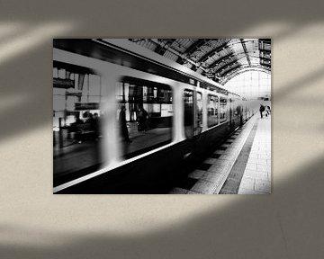 S-Bahn Berlin Zwart-wit fotografie van Falko Follert