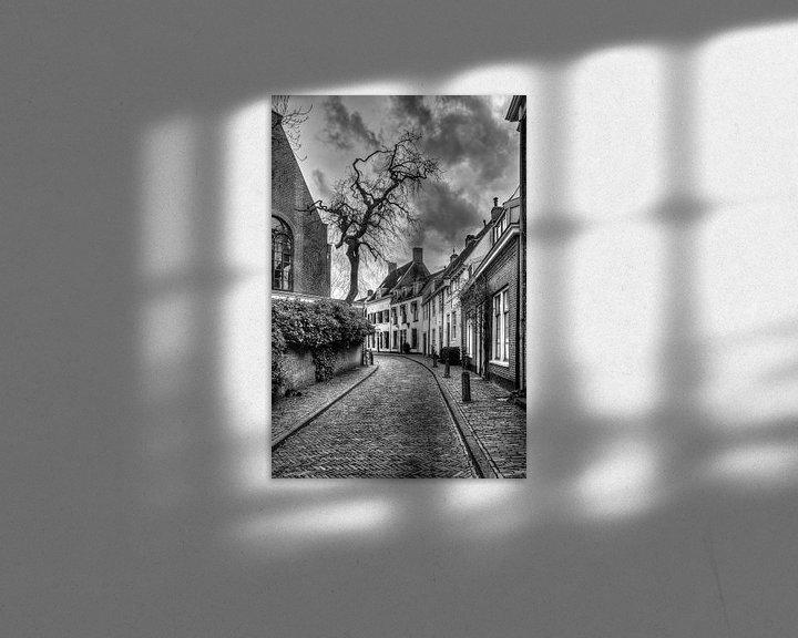 Sfeerimpressie: Breestraat historisch Amersfoort zwart-wit van Watze D. de Haan