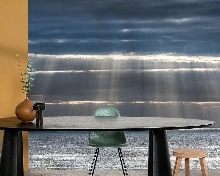 Sfeerimpressie behang: Lichtgordijn boven de oceaan aan de kust van Lanzarote- van Harrie Muis