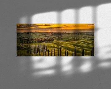 Zonsondergang in Toscane van Teun Ruijters