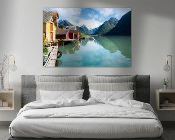 Maisons colorées sur un fjord en Norvège sur iPics Photography