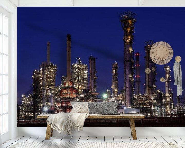 Sfeerimpressie behang: ExxonMobil Botlek van Nico Roos