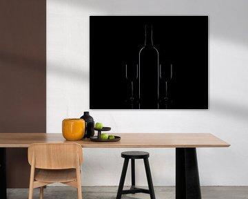 Fles en glazen low key von Tanja van Beuningen