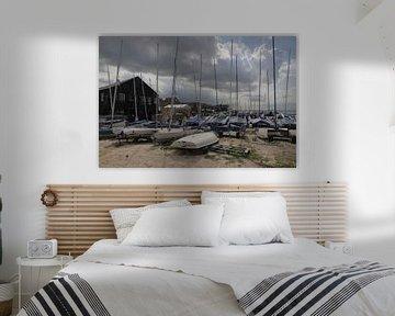 Whitstable UK, bootjes aan het strand van Ton Reijnaerdts