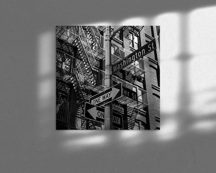 Sfeerimpressie: NY Stairs and Signs van Jeanette van Starkenburg