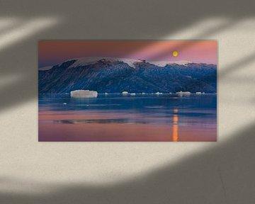 Sonnenuntergang im Rødefjord, Scoresby Sund, Grönland