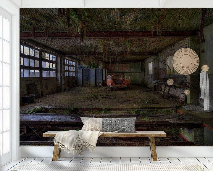 Beispiel fototapete: Die Red Bug Jungle Garage von Wesley Van Vijfeijken