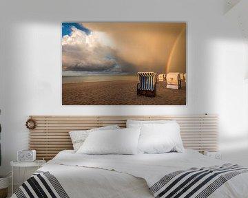 Strandkörbe mit Regenbogen an der Ostsee von Christian Müringer