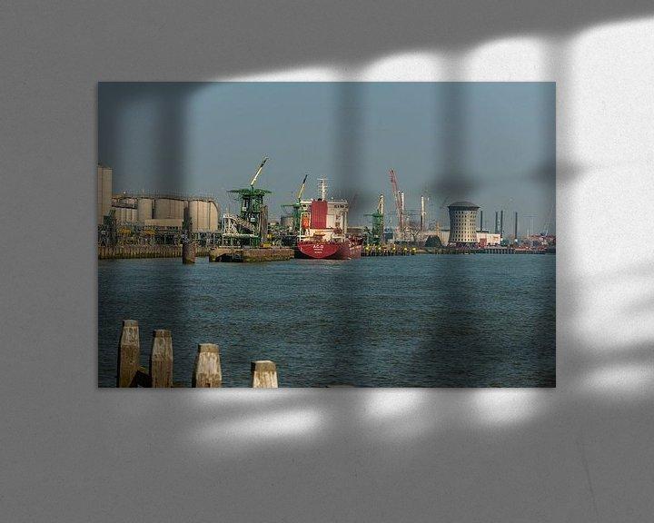 Sfeerimpressie: Rotterdam Haven bij Vlaardingen. van Brian Morgan