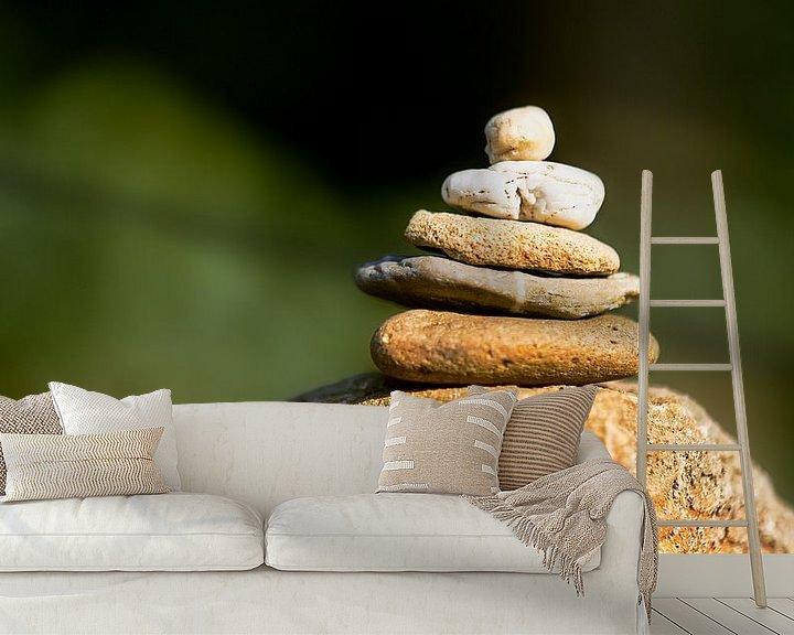 Sfeerimpressie behang: Stenen stapelen van Sran Vld Fotografie