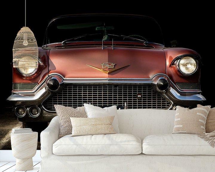 """Sfeerimpressie behang: CADILLAC  """"COUPE DE VILLE"""" 1957 van marco de Jonge"""