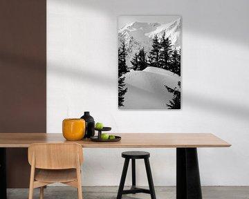 Schönes Stillleben von Abdrücken im Schnee. von Aukelien Philips