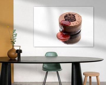 Chocolade dessert met aardbeiensaus en de reflectie van Wim Stolwerk