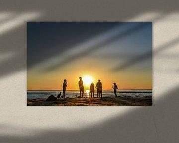 Sunset evening van Jeanette van Starkenburg