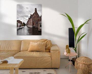 Grachtenpand in Brugge, België von Kim de Been