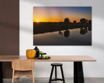 Zonsondergang in het gouden uur van Eric de Kuijper