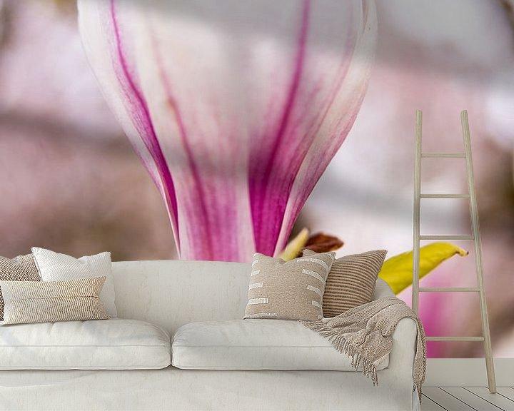 Sfeerimpressie behang: Flower in Krefeld van Nicolas Lebeau