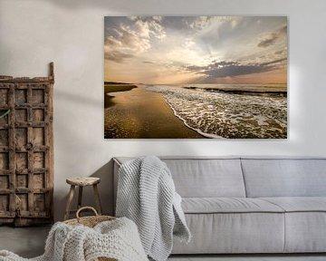 Zon, zee, zand en wolken von Dirk van Egmond