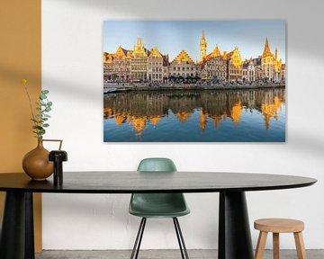 Graslei aan de Leie in de oude binnenstad van Gent van Werner Dieterich