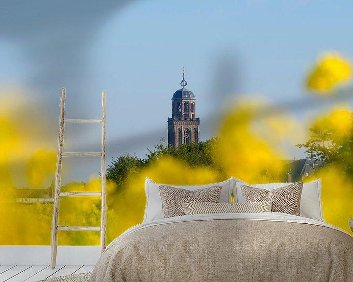 Sfeerimpressie behang: Lebuïnestoren gehuld in koolzaad van Rob De Jong