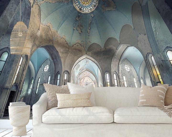 Impression: église imposante abandonnée sur Kristof Ven