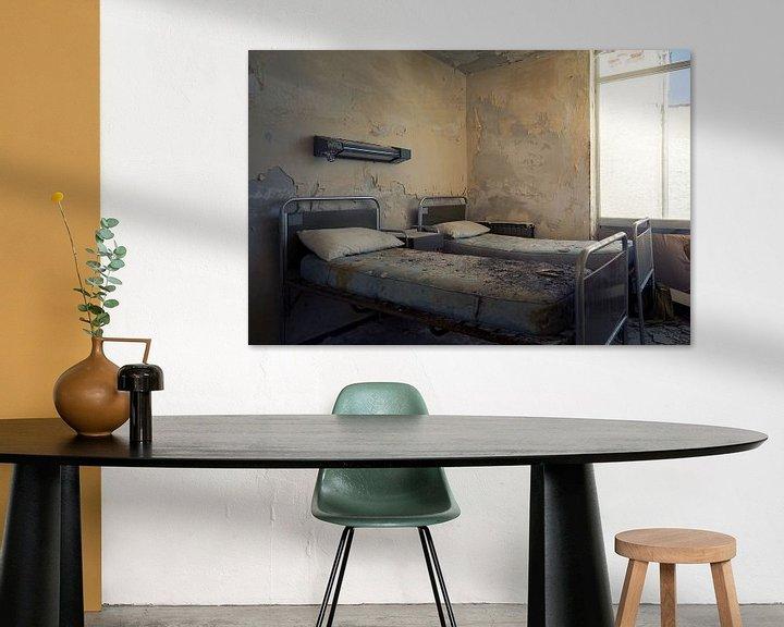 Beispiel: verlassene Krankenhausbetten von Kristof Ven