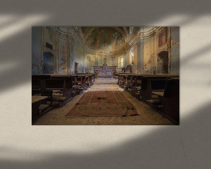 Beispiel: verlassener Altar in einer Kirche von Kristof Ven
