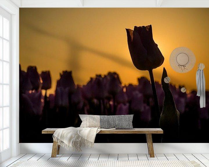 Beispiel fototapete: Eine Tulpe mit Hintergrundbeleuchtung von Martijn Tilroe