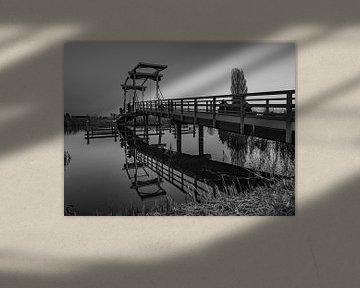 brug weerspiegeling von Chris van Es