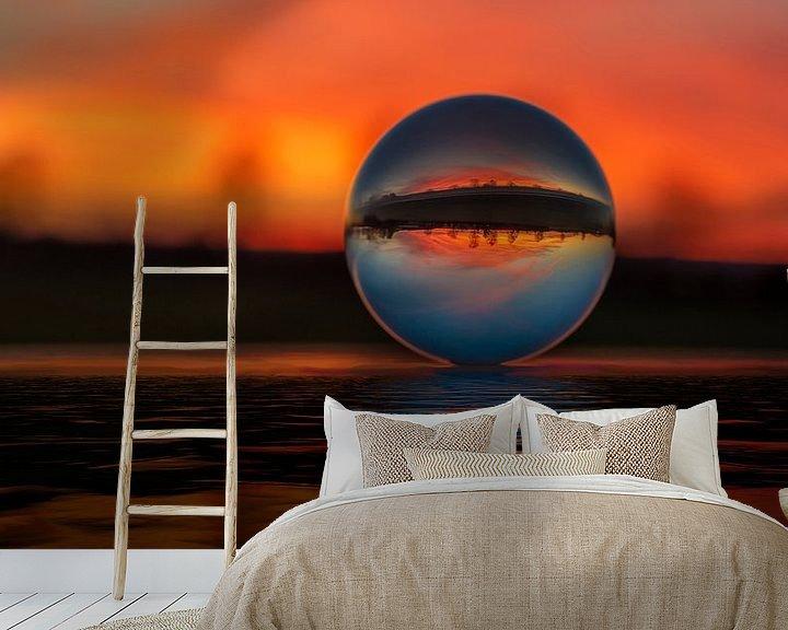 Beispiel fototapete: Sonnenuntergang durch die Glaskugel von Alexander Schulz
