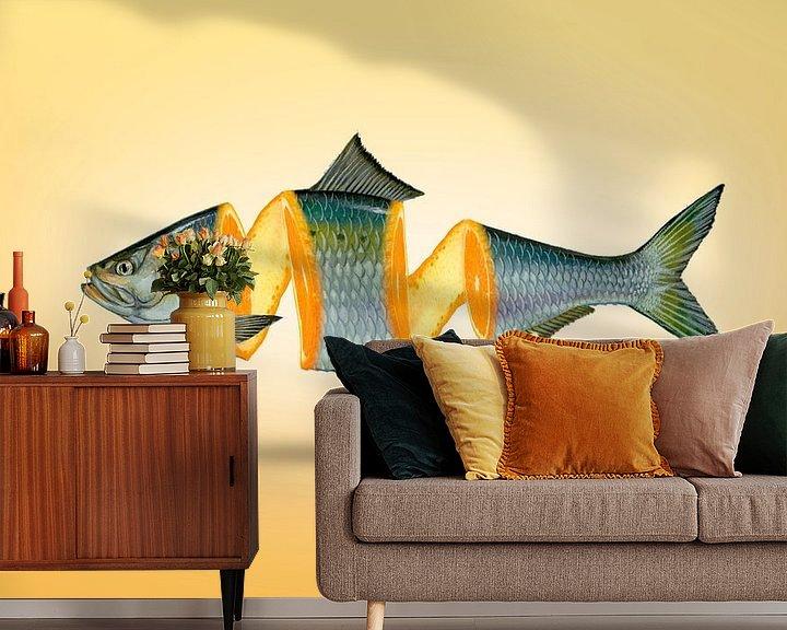 Sfeerimpressie behang: Gespleten vis en sinaasappel - manipulatie van Ursula Di Chito