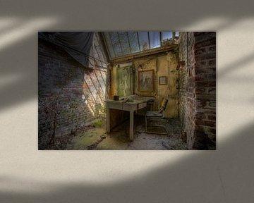 Tag im Decay Office von Wesley Van Vijfeijken