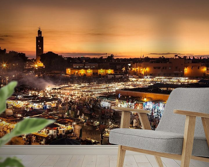 Sfeerimpressie behang: Marrakech, Djemaa el Fna... van Jan Schuler