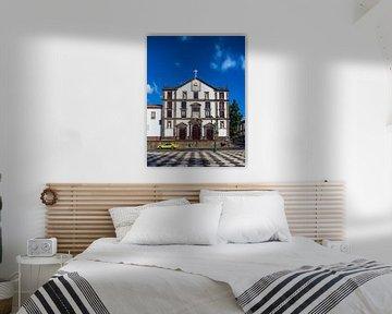 Blick auf ein Gebäude in Funchal auf der Insel Madeira, Portugal von Rico Ködder