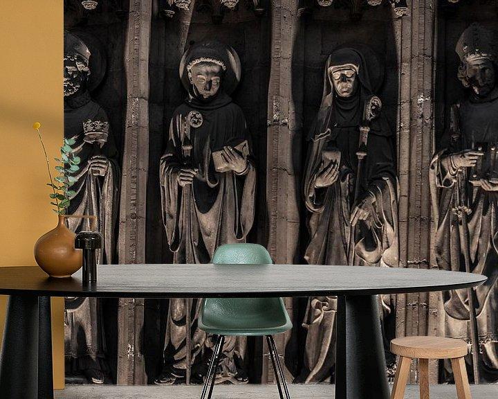 Sfeerimpressie behang: Religie beelden op een rij. van Brian Morgan
