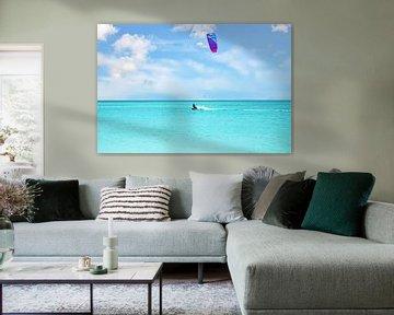 Kite surfing op de caribische zee bij Aruba van Nisangha Masselink
