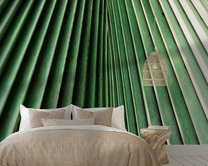 Sfeerimpressie behang: Palm blad close-up van Wianda Bongen