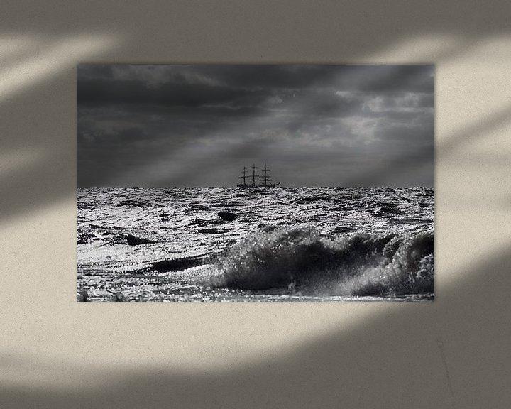 Sfeerimpressie: Driemaster op volle zee van Rob De Jong