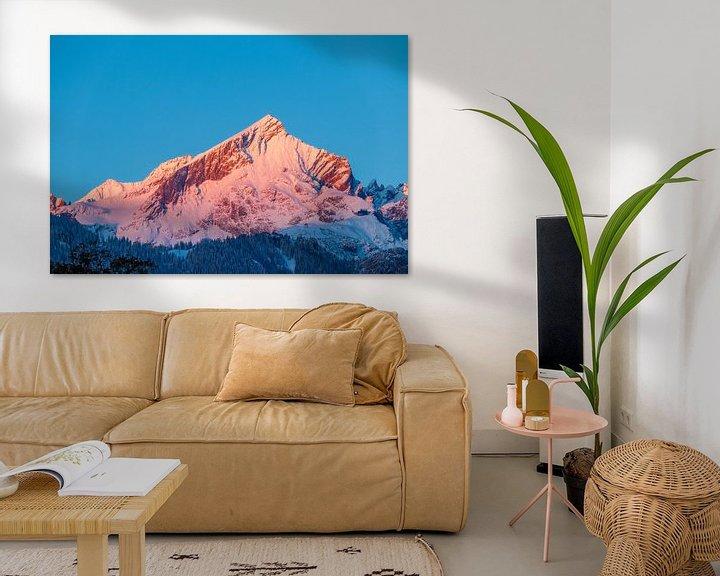 Sfeerimpressie: Alpspitze im ersten wärmenden Sonnenlicht van Manfred Schmierl
