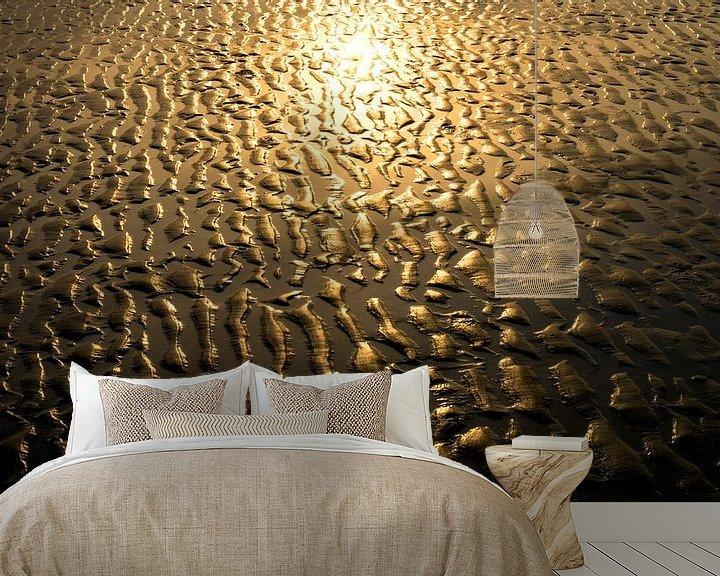 Sfeerimpressie behang: 0205 Gold van Adrien Hendrickx