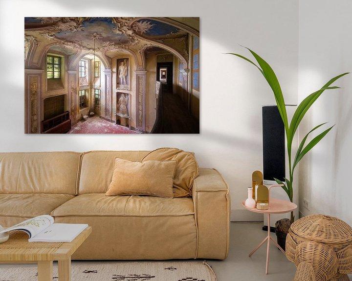 Beispiel: Verlassene Villa mit Kunst. von Roman Robroek