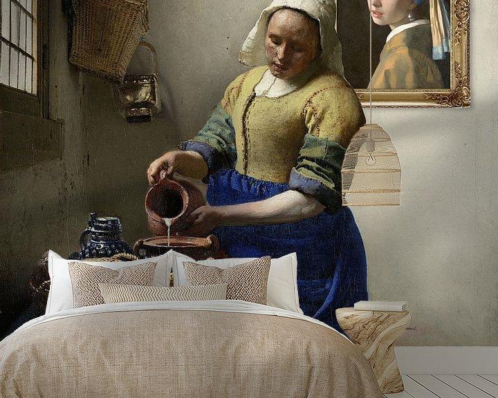 Sfeerimpressie behang: Het Melkmeisje met de parel.