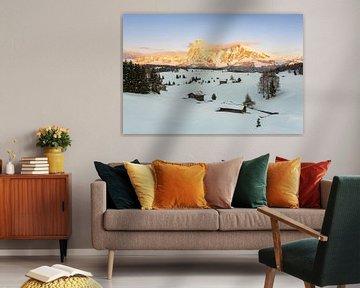 Alpenglow on the Alpe di Siusi van Michael Valjak