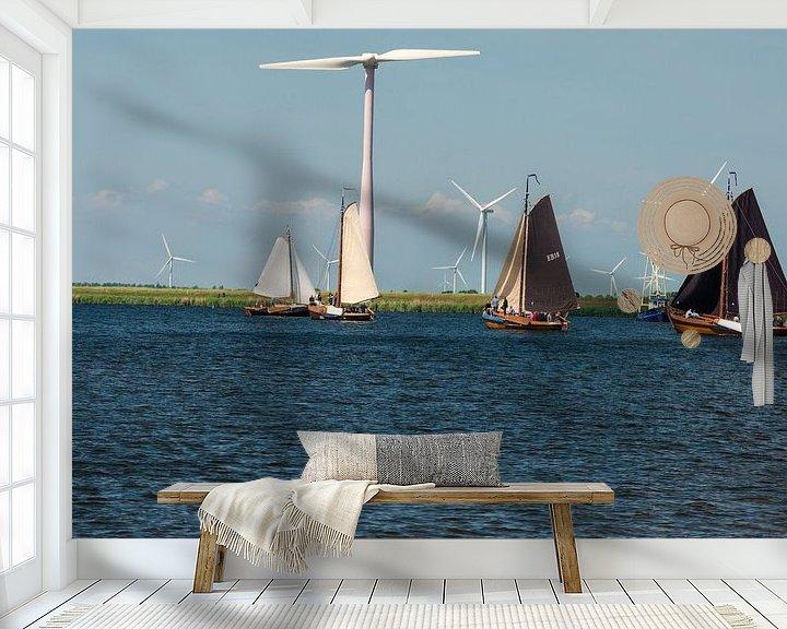 Sfeerimpressie behang: Botters op het water. van Brian Morgan