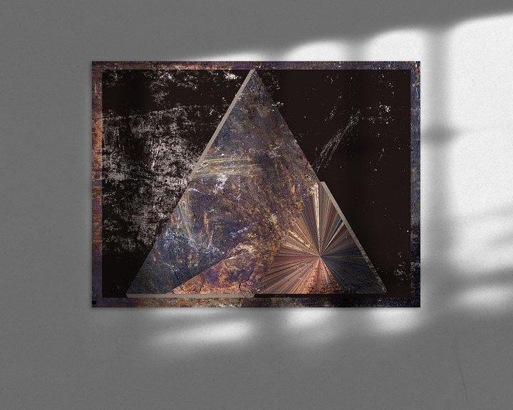 Sfeerimpressie: Figuren en vormen - Tetahedron van Christine Nöhmeier