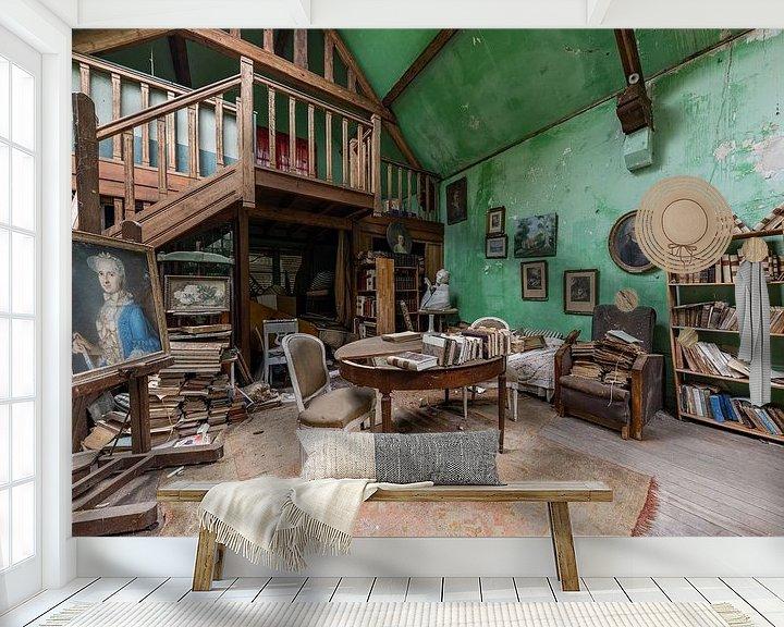 Sfeerimpressie behang: verlaten kunst atelier van William Linders